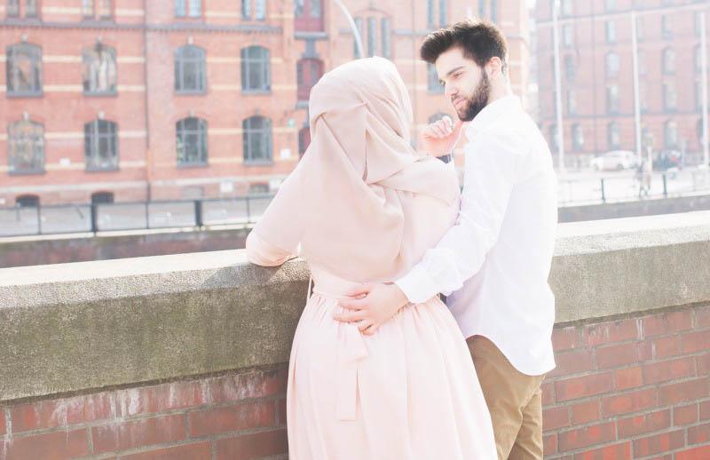 cerita-haru-kesetiaan-suami-soleh-yang-selalu-doakan-almarhumah-istrinya-bikin-baper-TbAeSRh69h